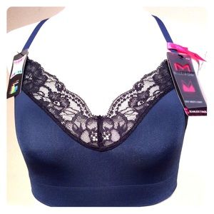 Maidenform Fit to Flirt Seamless Lace Bralette NWT